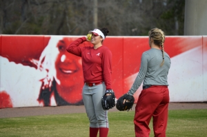 Crimson Tide softball pitching trio combines to no-hit UAB Blazers (via Crimson Magazine)