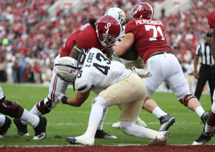 Alabama RB Bo Scarbrough scores a touchdown against Charleston Southern on Nov. 21, 2015.