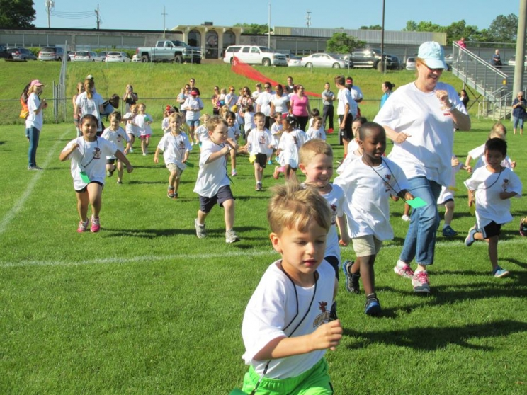 Field Day Fun at Holy Spirit