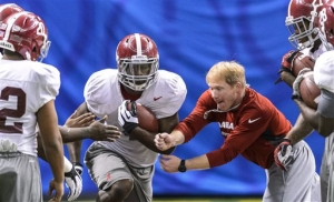 Popular strength and conditioning coach Scott Cochran to remain with Crimson Tide (via Crimson Magazine)