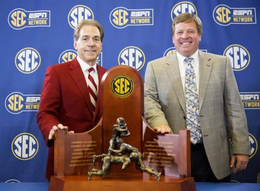 Southeastern Conference Digest: November 30, 2016 (via Crimson Magazine)