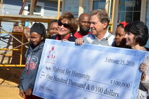 Nick and Terry Saban dedicate check for 16th Nick's Kids/Habitat for Humanity home (via Crimson Magazine)